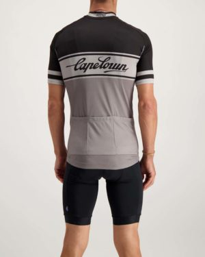 Mens Capetoni Supremium cycle top. Designed and manufactured by Enjoy.