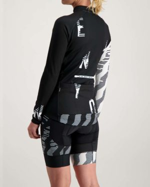 Ladies Outer Limit Cocoon riding jersey. Designed and manufactured by Enjoy.