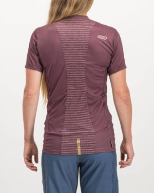 Ladies Campus baroon coloured Enduro Trail Tee Shirt. Designed and manufactured by Enjoy cycling apparel.