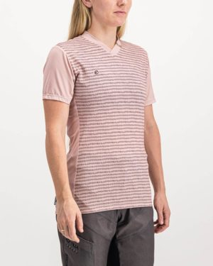 Ladies Campus rose coloured Enduro Trail Tee Shirt. Designed and manufactured by Enjoy cycling apparel.