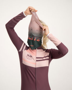 Ladies Blitz neck warmer. Designed and manufactured by Enjoy Cycling apparel.