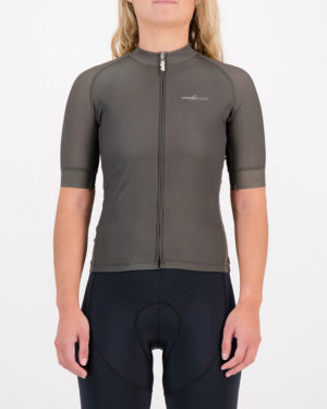 Front of the ladies cycling shirt in the peat Freshman ProXision design made by enjoy.cc