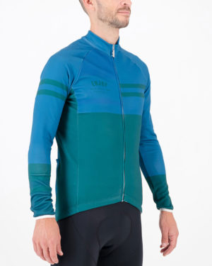 Three quarter of the mens fleeced cycling jersey in the slippery green Semester design made by enjoy.cc