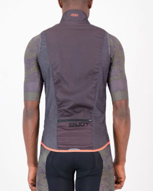 Back of the mens cycling gilet in the coal Sir Yes Sir design made by Enjoy.cc